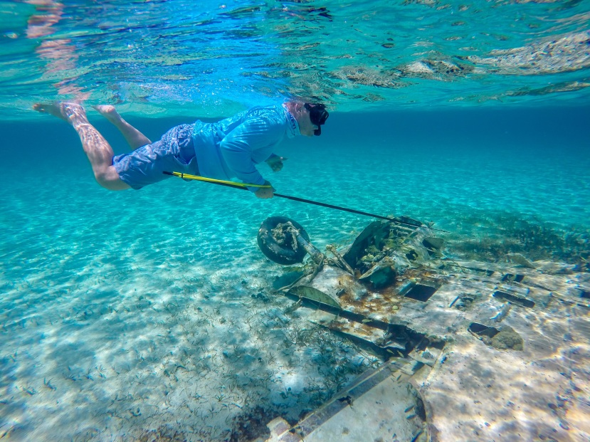 Farmer's Cay - Pat diving
