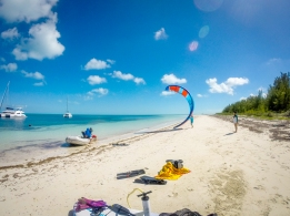 Bimini - Kite shot