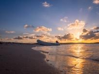 Suset Tahiti Beach